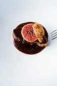 Duck liver with glazed figs and walnuts
