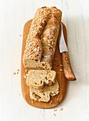 Schwedisches Brot mit Honig und Kardamon