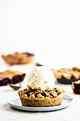 Cherry tartlet with ice cream