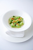 Green Swabian dumplings with veal filling