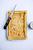 Fanned apple pie