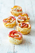 Apple cruffins (apple puff pastry muffins)