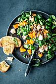 Feldsalat mit Orangen und Mozzarella