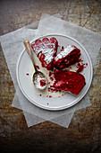 Red velvet cake (Rot gefärbter Rührteigkuchen, USA)