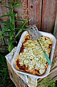 Lamm und Zucchini-Tarte