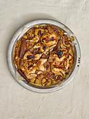 Roasted quail with onion sauce and cinnamon