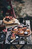 Feigentartes mit Vanillecreme und Salted Caramel