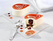 White vanilla chocolate mousse with sponge base