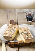 Stracchino Bronzone (Käsesorte aus der Lombardei, Italien)