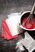 Gelling agents – white and red gelatine sheets and white gelatine powder