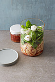 Noodle salad in jar with a tomato vinaigrette to take away