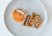 Pepper and cashew nut spread
