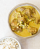 Lamb curry with pistachio nuts