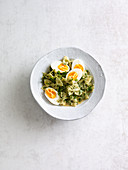 Herb farfalle with egg (one pot pasta)
