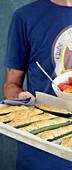 Parmesan-Krümel-Zucchini vom Blech