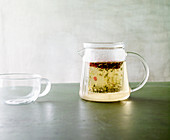 Green tea with fennel and barberries