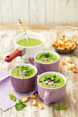 Potato and spinach cream soup