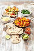 Vegetarische Fajita mit hausgemachten Tortillas