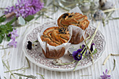 Muffin filled with quail eggs