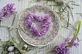 Herz aus Hyazinthenblüten
