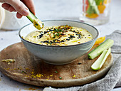 Yoghurt and curry dip with chives