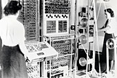 Wrens Operating Colossus, Bletchely Park, 1943