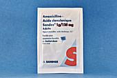 Co-amoxiclav antibiotic suspension