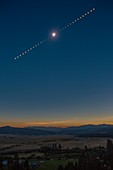 Total solar eclipse of 21 August 2017, time-lapse image