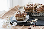 Vegane White Chocolate Muffins mit Cashewkernen
