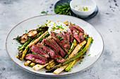 Flash-fried steak with asparagus