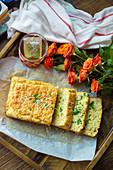Cauliflower bread with cress
