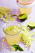 Elderflower and prosecco jelly with lime