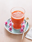 A spring smoothie made with strawberries and mandarins