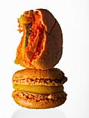 Macaron, angebissen