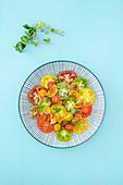 Bunter Tomatensalat mit karamellisierten Limetten (vegan, Low Carb)