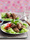Steamed Beef Meatballs with Cabbage