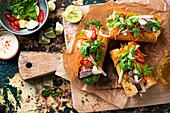 Banh-Mi-Sandwiches mit Rindfleisch
