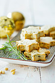 Shortbread stars with pine nuts and rosemary for Christmas
