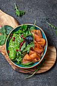 Avocado, smoked salmon and baby spinach salad