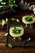 Smoothie with honey melon, cucumber and mint