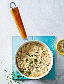 Chicken in cream sauce with herbs