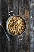 White beans with garlic
