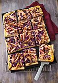 Pfälzer Keschde-Kuchen mit Rotkohl und Kassler