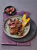 Rump steaks with sautéed shallots