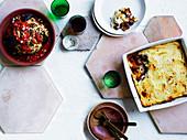 Gebratener Blumenkohl mit fermentierter Chilibutter und geschmortes Lammfleisch mit Blumenkohltopping