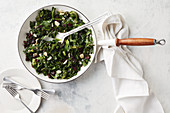 Wilted spinach with white wine and garlic