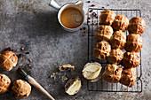 Chocolatey hot crossed buns