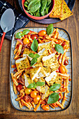 Tofu mit Zitronenkruste auf Tomaten-Casarecce
