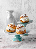 Profiteroles with a cream filling