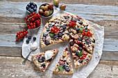 Vegan berry quark tart with crumbles
